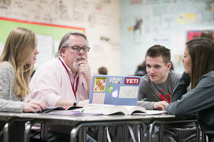 Rus VanWestervelt collaborating with his students.